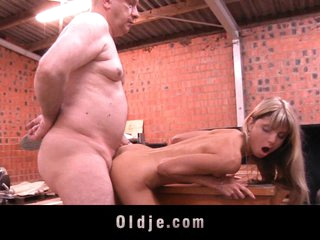 Old man gets fucked by young Gina Gerson