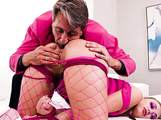 Sex slave Gia Derza sweet pussy gets multiple orgasms
