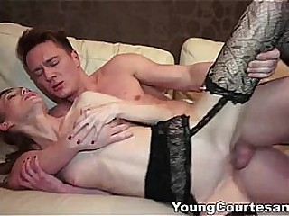 Young Courtesans - Chatting with a potential client