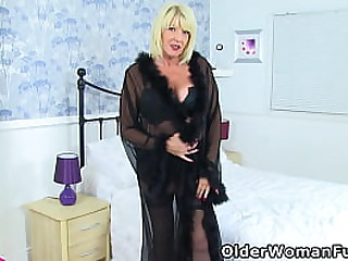 Big boobed granny Amy from the UK feels horny in black lingerie and decides it is dildo play time (brand NEW video available in Full HD 1080P). Bonus video: British gilf Alisha Rydes.